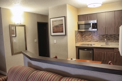 executive-king-room-with-full-kitchen_15347889341_o